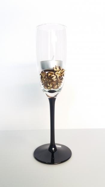 Elegancki świecznik