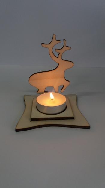 Świecznik z reniferem